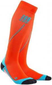 CEP Herren Kompressionssocken Run Socks 2.0 - sunset-hawaii blue